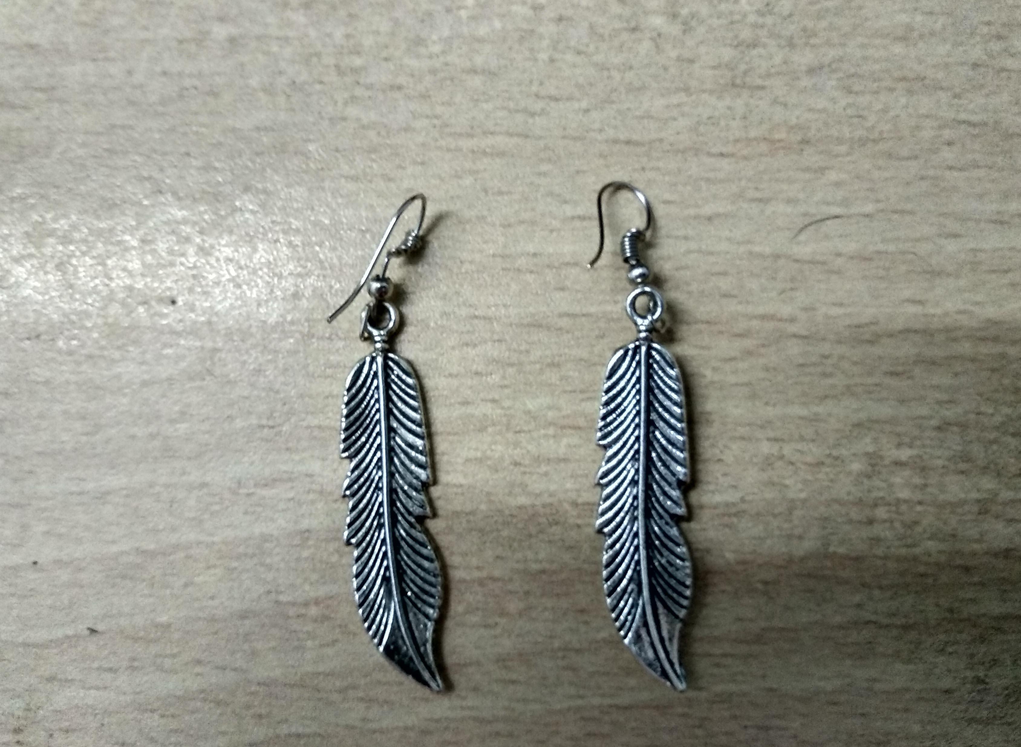 Earrings For Women Beautiful Leaf Design Earrings